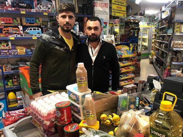MANİSASPOR'A ERZAK DESTEĞİ