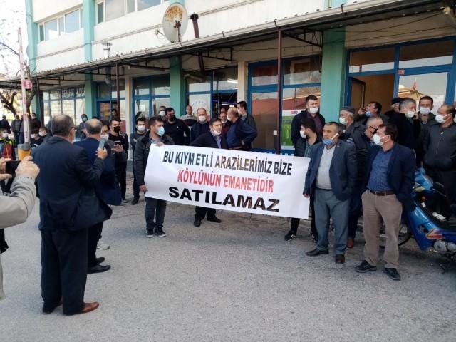 MECLİS ÜYELERİ SALONDAN ATILDI