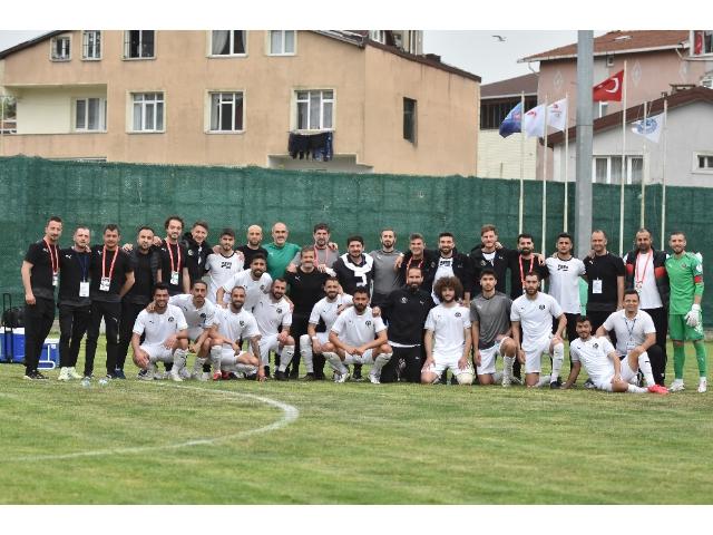 MANİSA FK TARİH YAZDI