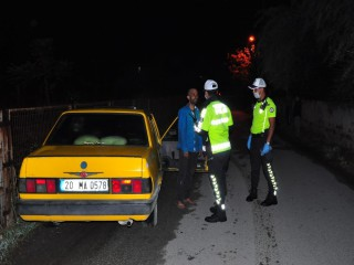 POLİSİN ALKOLLÜ ŞAHISLA İMTİHANI