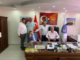 HAYIRSEVER İŞ ADAMINA PLAKET