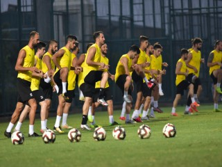 MANİSA FK FİNAL SAATİNİ BEKLİYOR