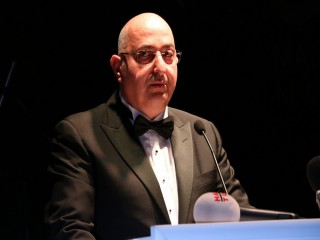 MOSB BAŞKANI'NDAN 'ÖPÜŞMEYİN' UYARISI