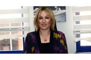 """ESNAF ADAM KADINA EL KALDIRMAZ"""
